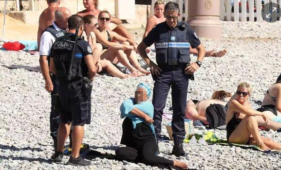 French_Police_Burkini