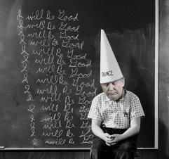 Dunce cap on Trump